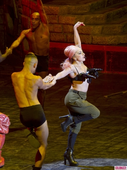 Lady-Gaga-machine-gun-bra2