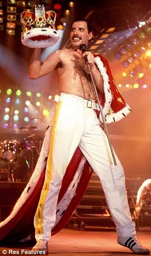 freddie_with_crown