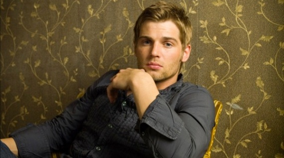 600full-mike-vogel
