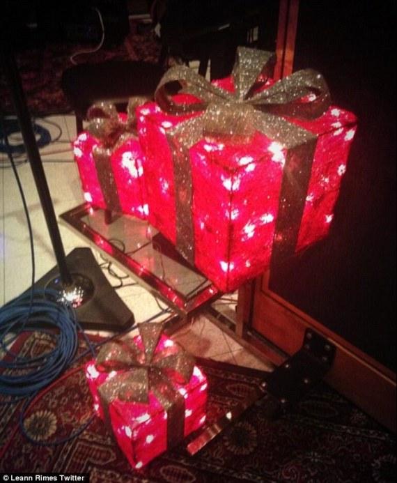 Christmas Presents LeAnn Rimes