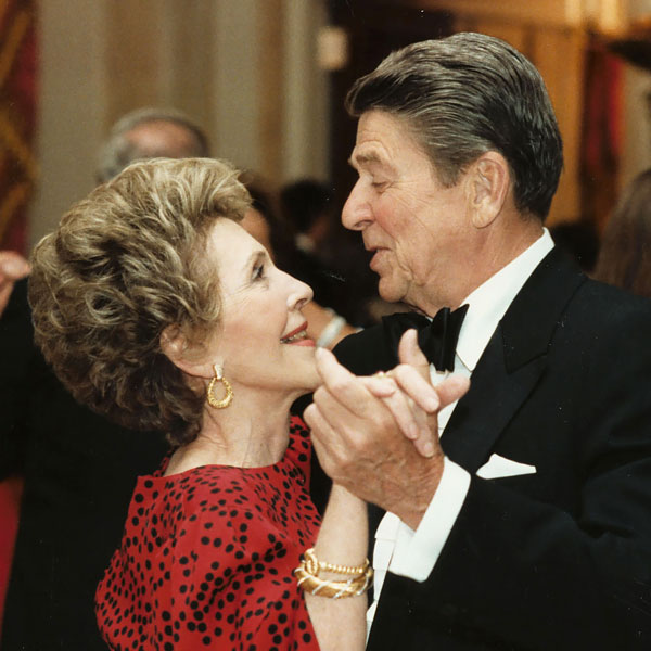 ronald-reagan-nancy-reagan-presidential-marriage-r
