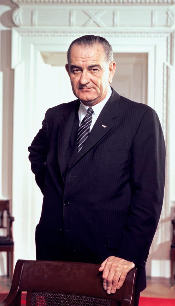 Lyndon-b-johnson-photo.jpg