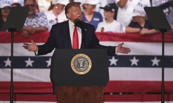 Trump PC.JPG